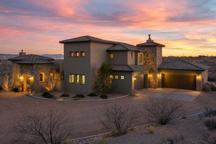 1541 Gros Ventre Drive NE, Rio Rancho, NM 87144