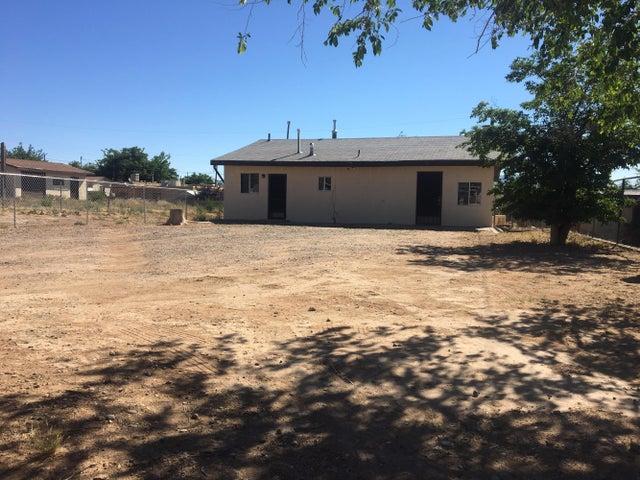 212 SW 65Th Street SW, Albuquerque, NM 87121