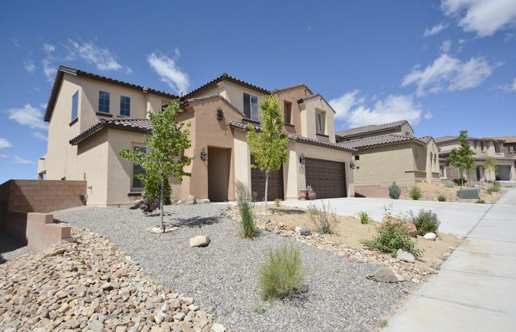 811 Mesa Roja Trail NE, Rio Rancho, NM 87124