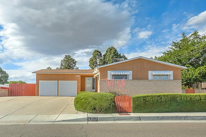 6217 Prairie Road NE, Albuquerque, NM 87109