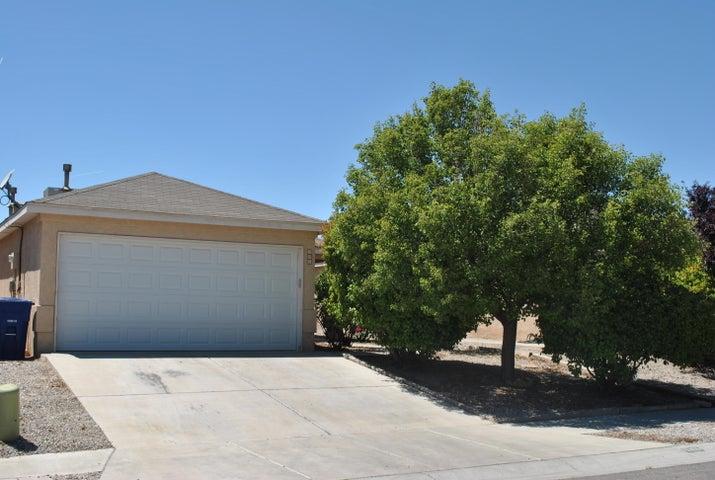 305 Calle Del Rey SW, Albuquerque, NM 87121