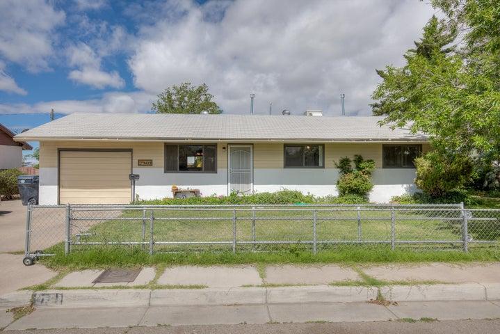 3423 Sierra Drive NE, Albuquerque, NM 87110