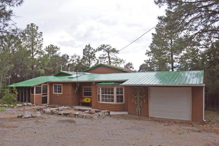 14 Peacock Lane, Tijeras, NM 87059