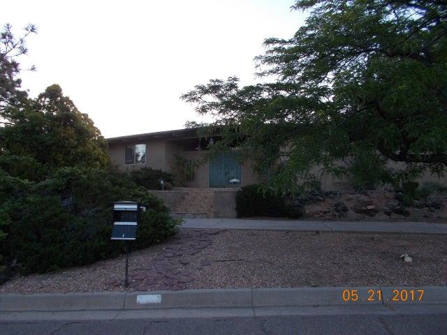 636 Running Water Circle SE, Albuquerque, NM 87123
