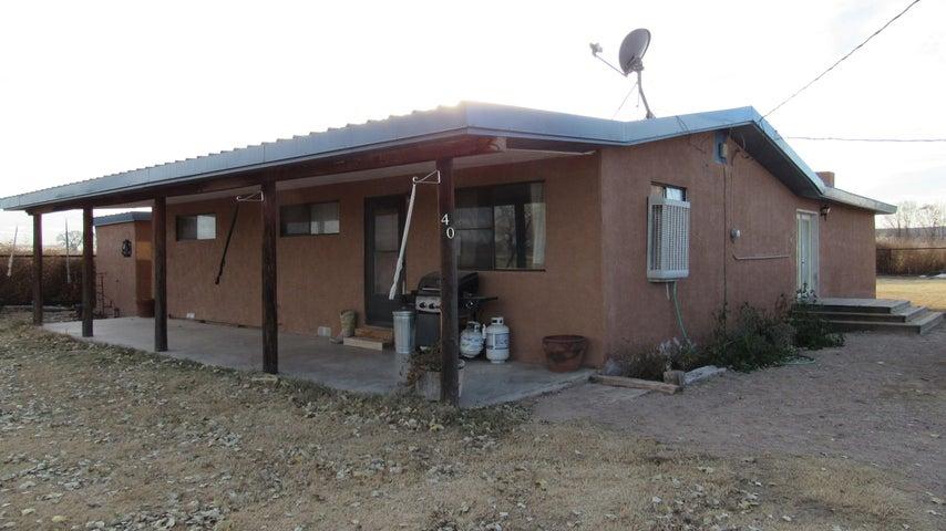 40 Landess Lane, Jarales, NM 87023