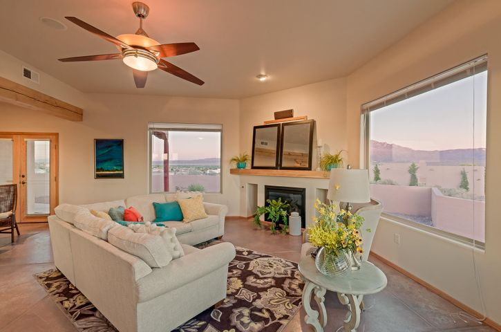 6333 Magdalena Road NE, Rio Rancho, NM 87144