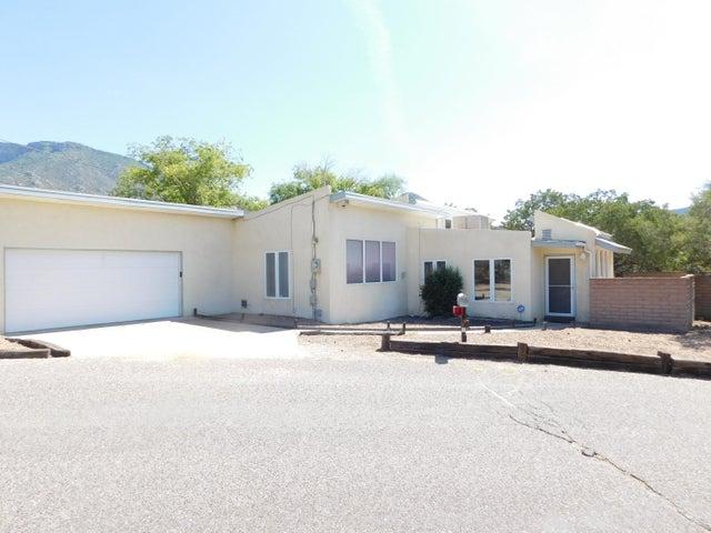 4 Juan Road NE, Albuquerque, NM 87123