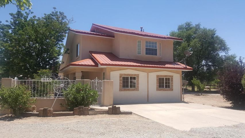 8150 Guadalupe Trail NW, Los Ranchos, NM 87114
