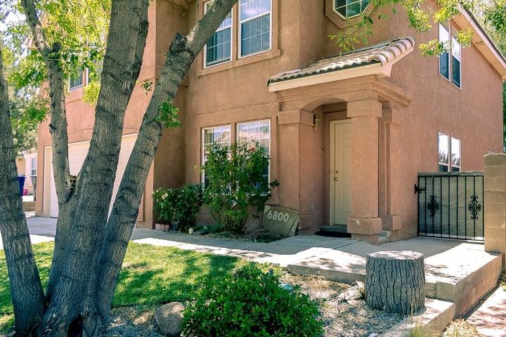 6800 Ladrillo Place NE, Albuquerque, NM 87113