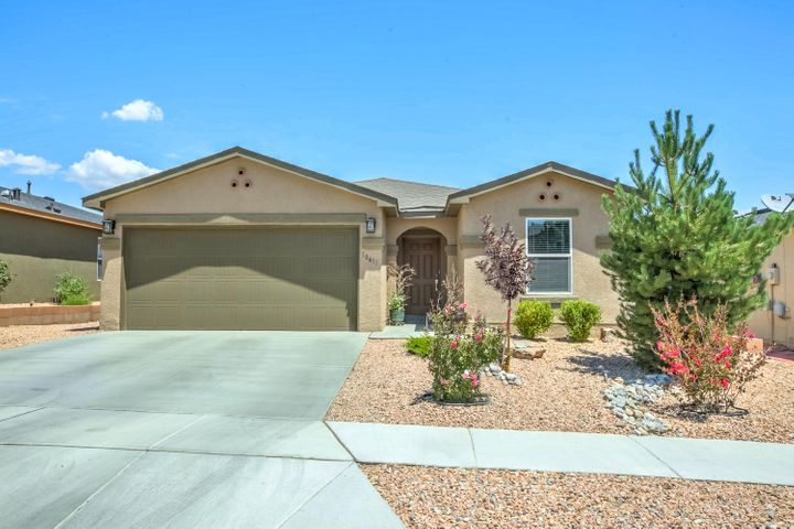 This beautiful Green built 4 bedroom, 2 car garage, single story property is waiting for you to make it your own~