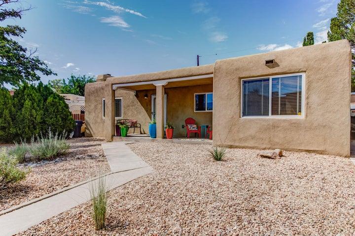 3812 Arlote Avenue SE, Albuquerque, NM 87108