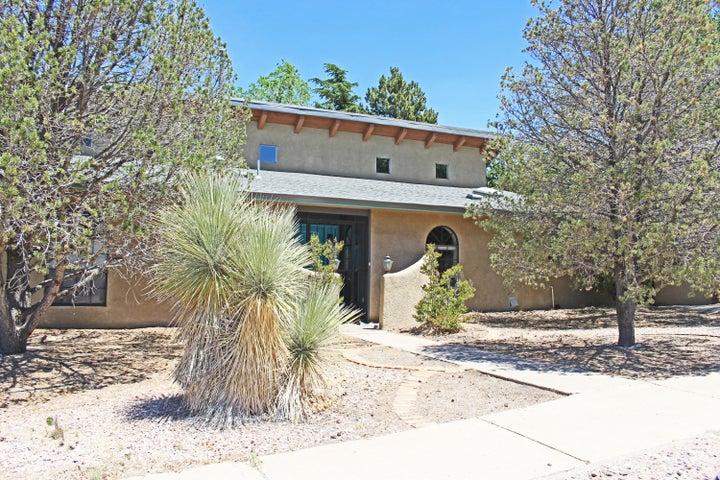 13001 Rebonito Road NE, Albuquerque, NM 87112
