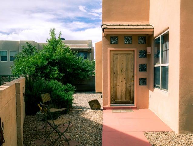 13109 Enchantment Lane NE, Albuquerque, NM 87111