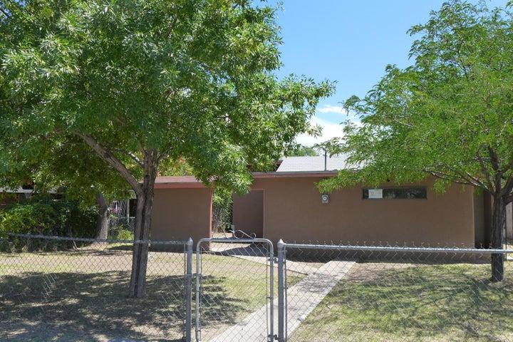 1616 Shadyside Drive SW, Albuquerque, NM 87105