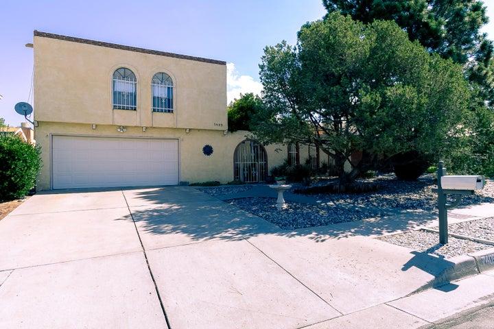 7405 Luella Anne Drive NE, Albuquerque, NM 87109