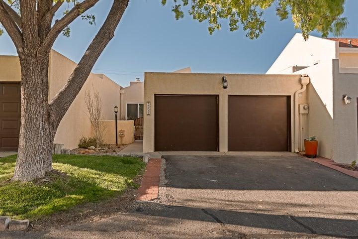 3291 Esplanade Circle SE, Rio Rancho, NM 87124