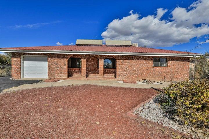 2127 Valley Road SW, Albuquerque, NM 87105