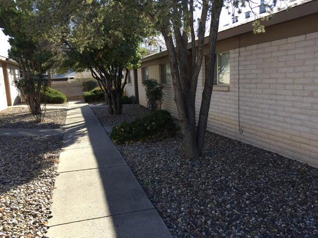 9716 Comanche Road NE, 1-B, Albuquerque, NM 87111
