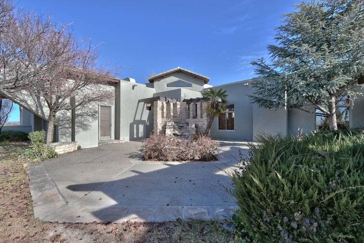10201 Elena Drive NE, Albuquerque, NM 87122