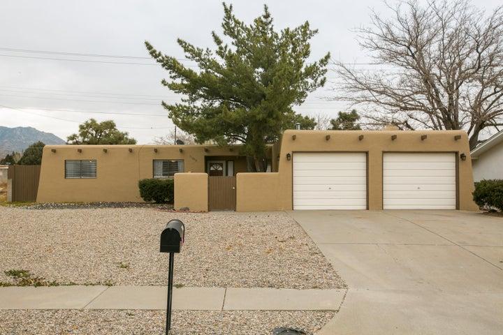 11808 Lexington Avenue NE, Albuquerque, NM 87112