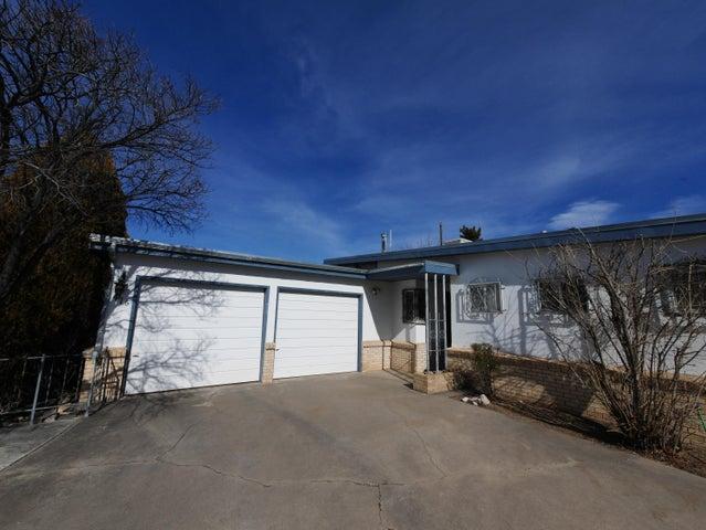 1416 Martha Street NE, Albuquerque, NM 87112