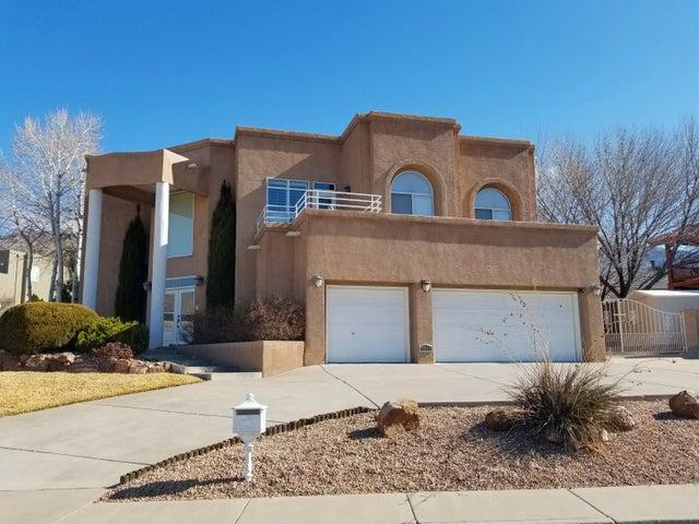 1604 Wells Drive NE, Albuquerque, NM 87112