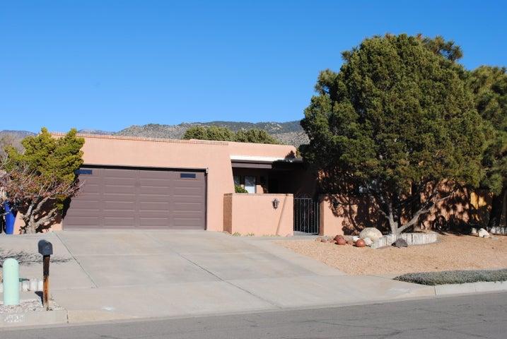 4116 Shiloh Drive NE, Albuquerque, NM 87111