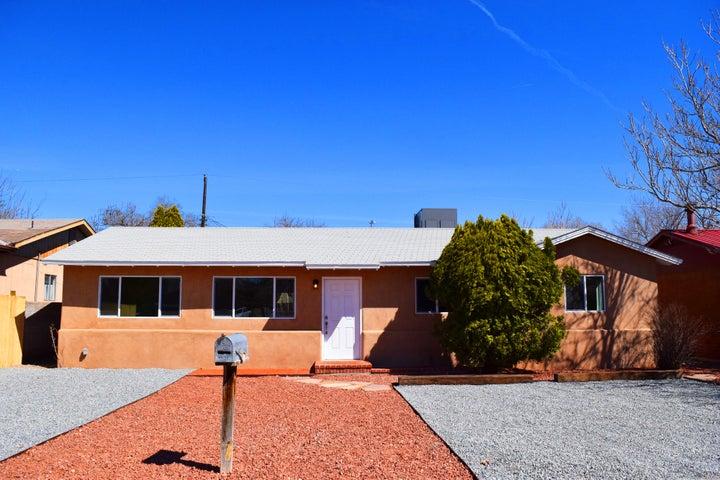 2621 Oro Vista Road NW, Albuquerque, NM 87107