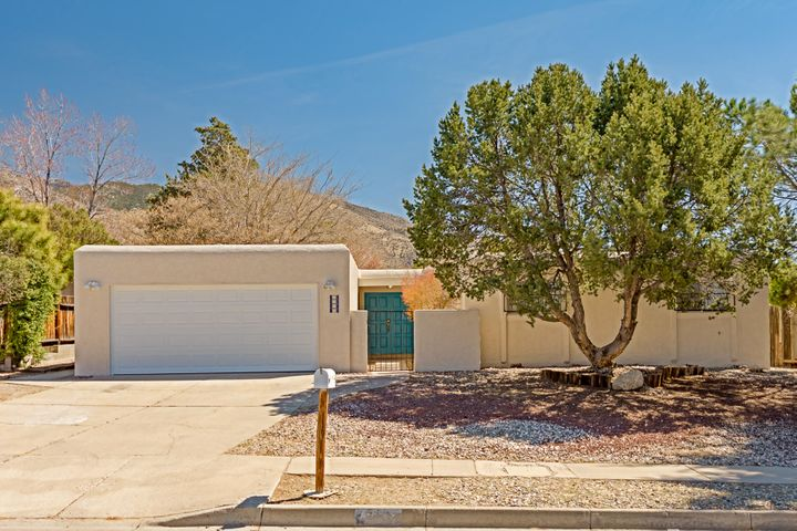 4012 Tracy Street NE, Albuquerque, NM 87111