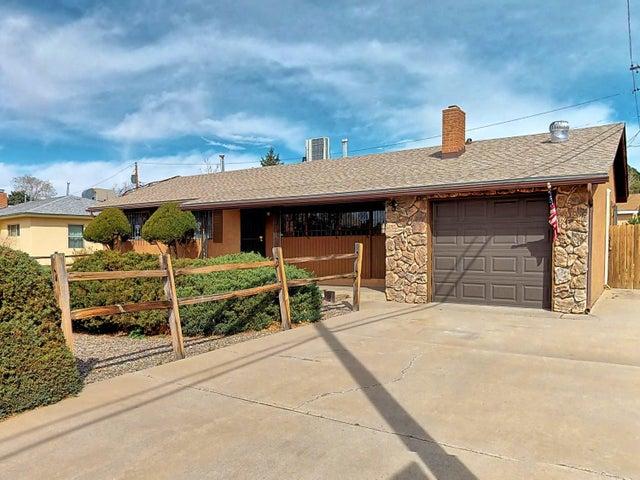 2806 Madeira Drive NE, Albuquerque, NM 87110