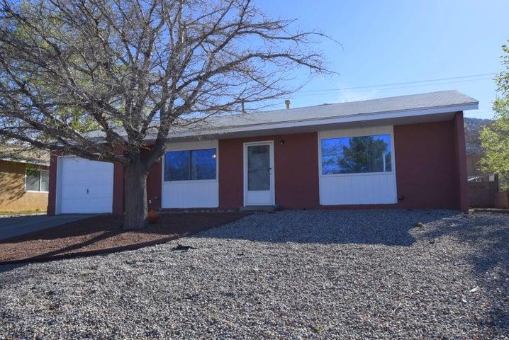708 Turner Drive NE, Albuquerque, NM 87123