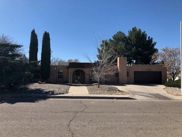 6000 Kingston Avenue NE, Albuquerque, NM 87109