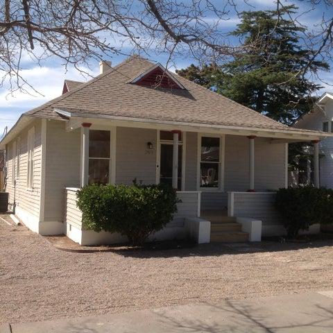 203 14th Street NW, Albuquerque, NM 87104