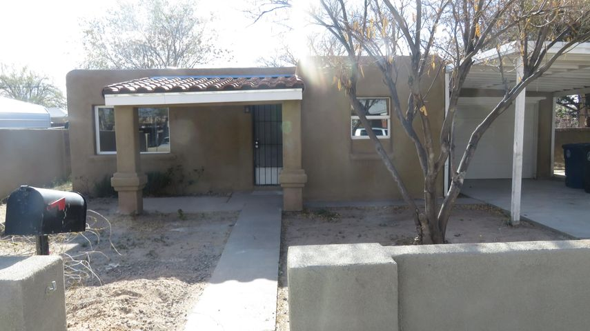 Wonderful 3 bedroom 2 bath home with a guest house! WOW!