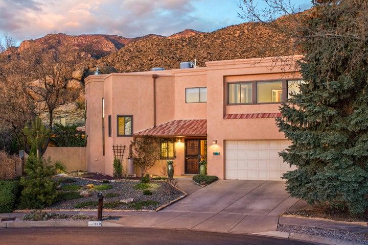 918 Piedra Vista Road NE, Albuquerque, NM 87123