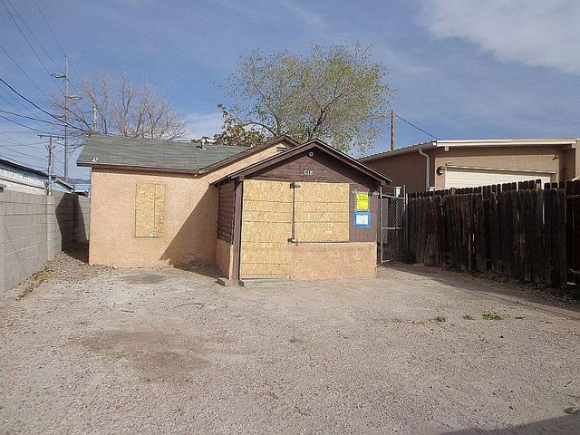 3018 3rd Street NW, Albuquerque, NM 87107