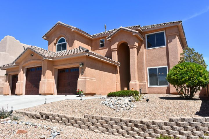 9812 Buckeye Street NW, Albuquerque, NM 87114