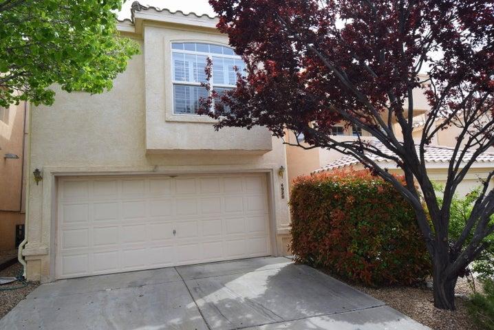 4920 Sereno Drive NE, Albuquerque, NM 87111