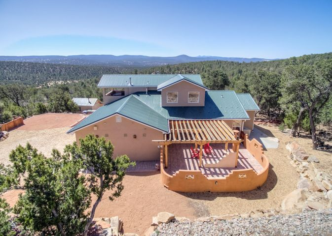 43 Calyx Lane, Cedar Crest, NM 87008