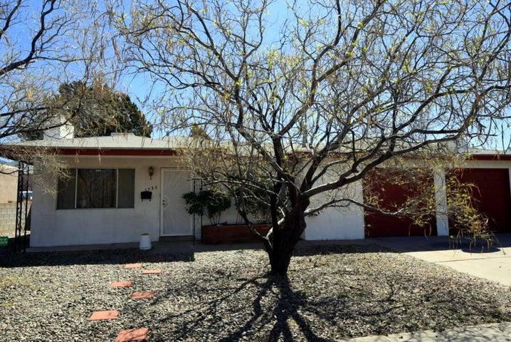 1736 Blume Street NE, Albuquerque, NM 87112
