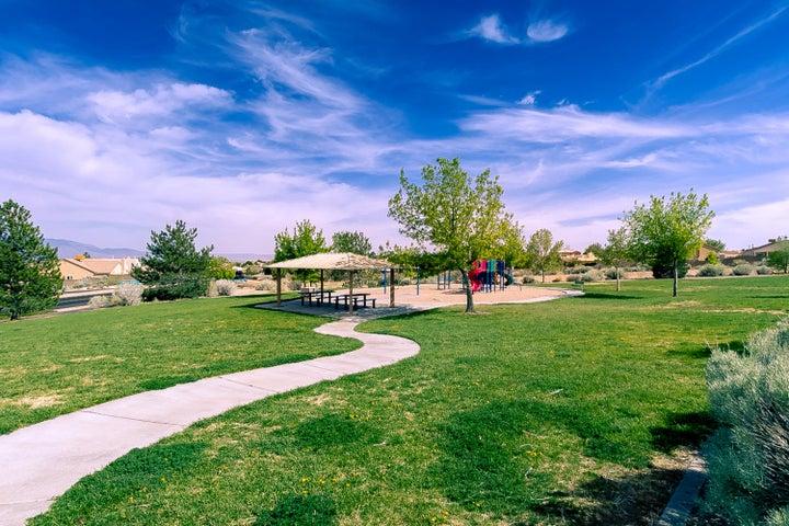 7705 Briar Ridge Avenue NW, Albuquerque, NM 87114