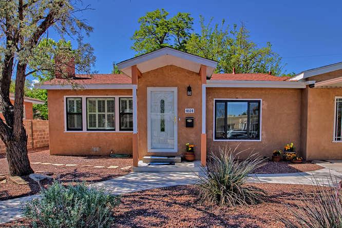 4614 Burton Avenue SE, Albuquerque, NM 87108