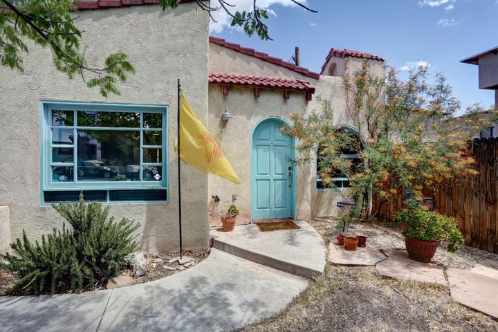 3809 Arlote Avenue SE, Albuquerque, NM 87108