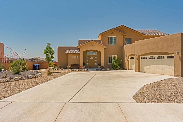 6528 Azor Lane NW, Albuquerque, NM 87120
