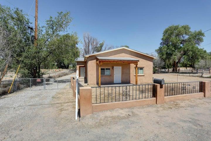 10437 4Th Street NW, Albuquerque, NM 87114