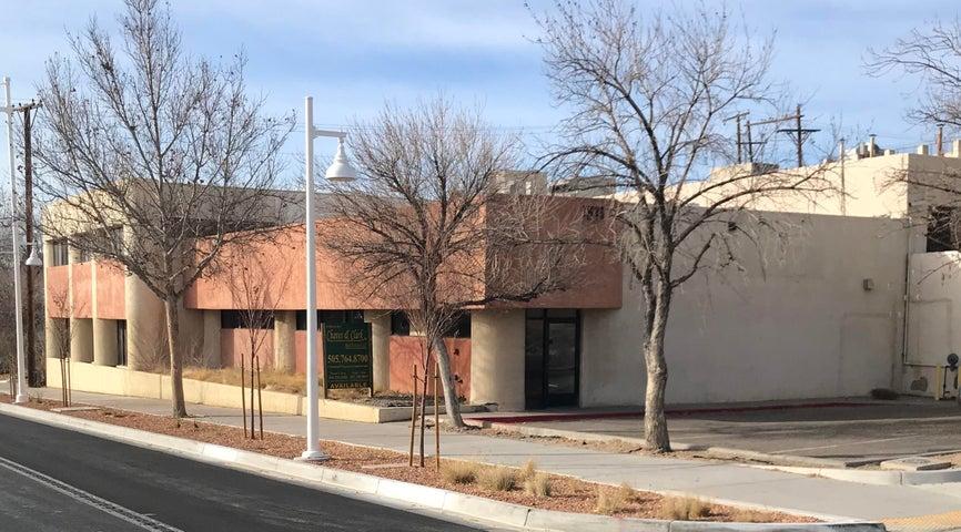 1511 Central Avenue NE, Albuquerque, NM 87106