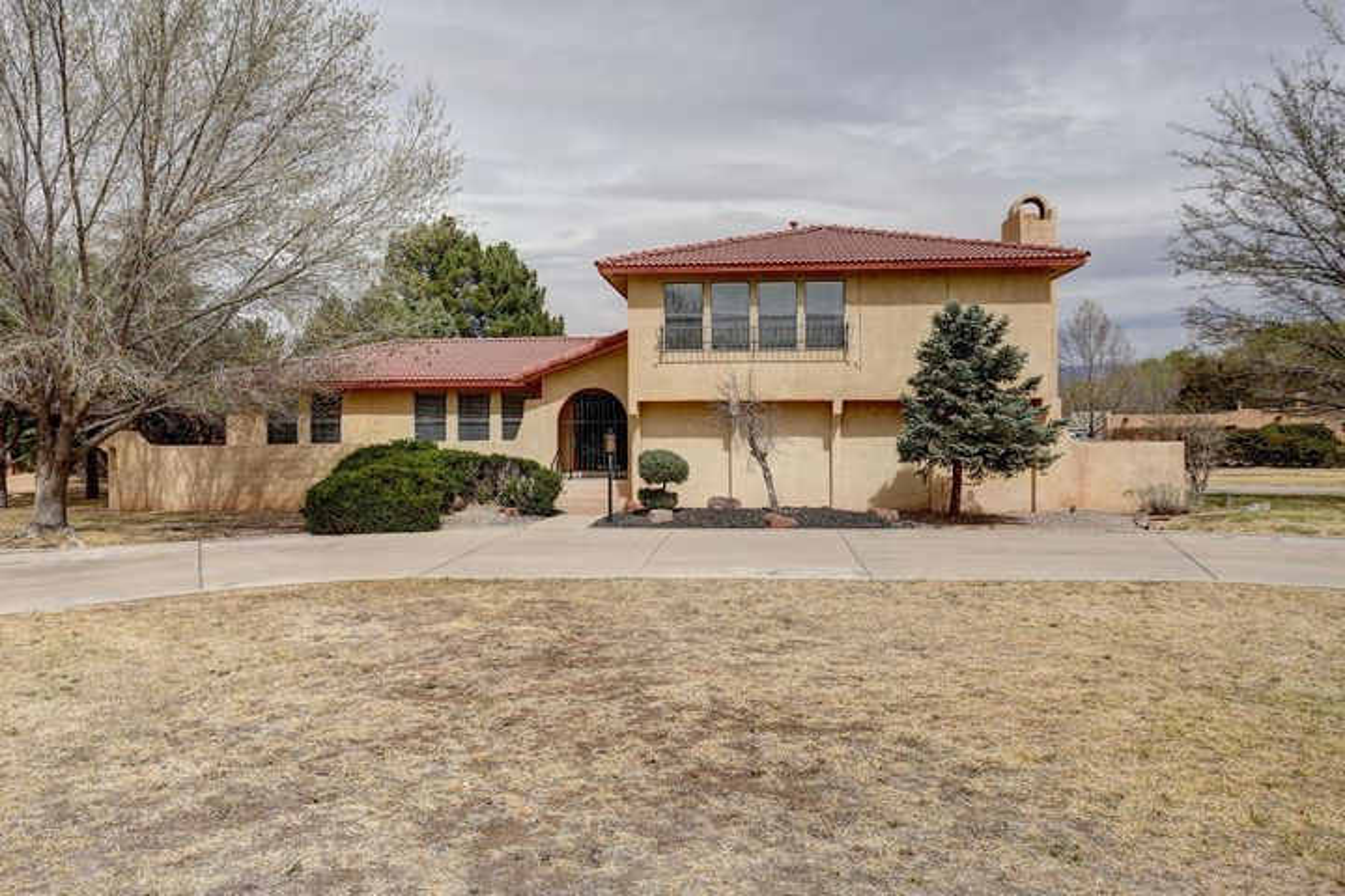6500 Caballero Parkway NW, Los Ranchos, NM 87107