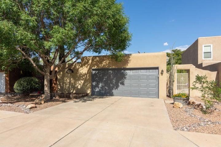 5216 Saratoga Drive NW, Albuquerque, NM 87120