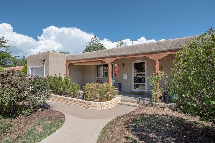 4634 Idlewilde Lane SE, Albuquerque, NM 87108