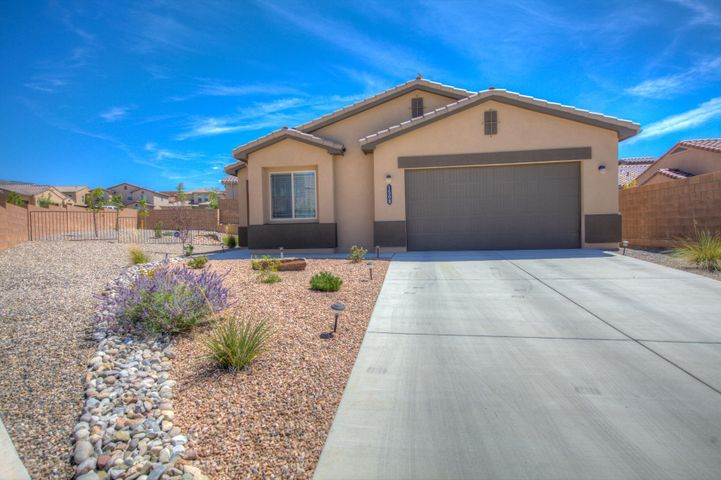 1508 Barbaro Drive SE, Albuquerque, NM 87123